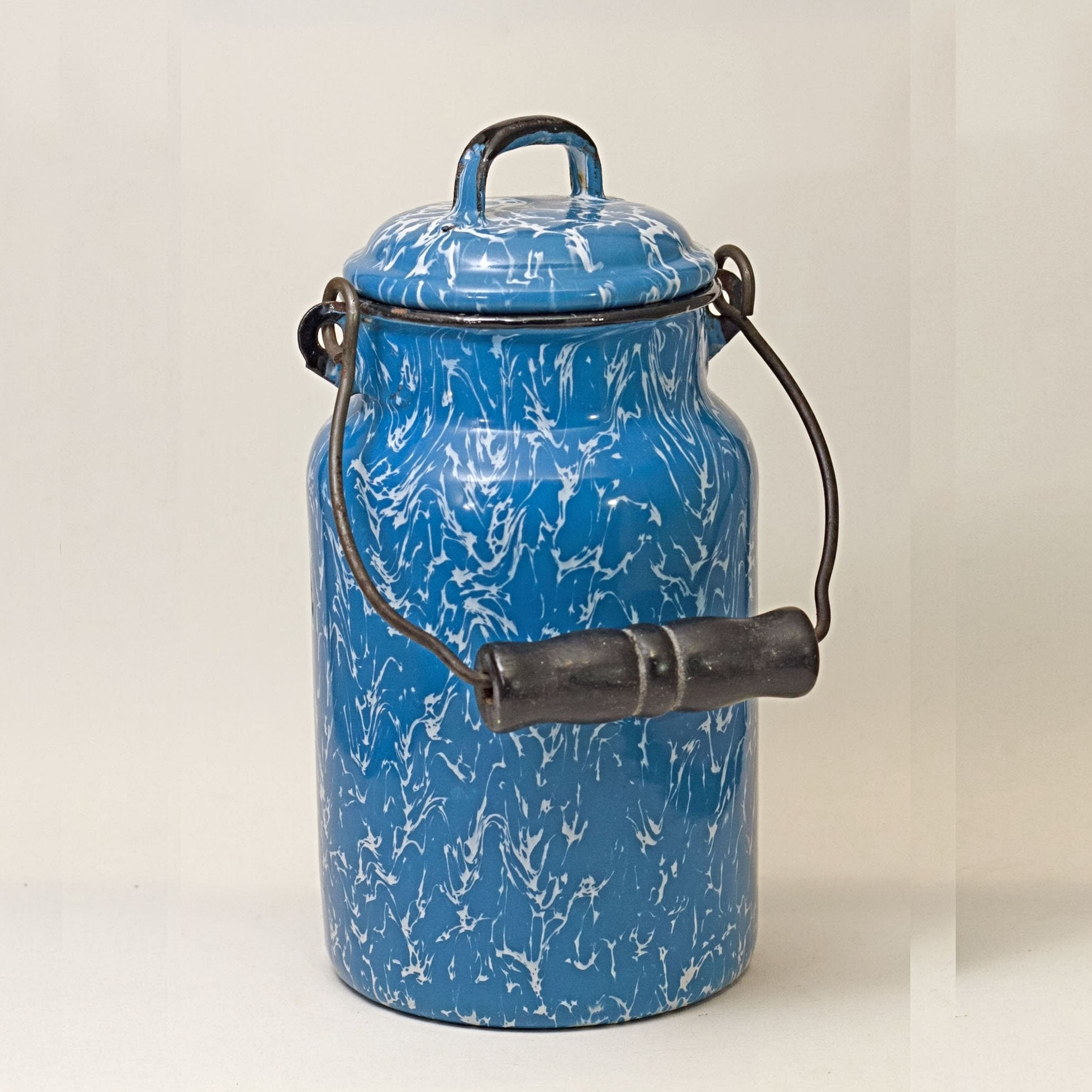 GRANITEWARE CREAM PAIL with Lid Blue and White Swirl Circa 1880 - 1920
