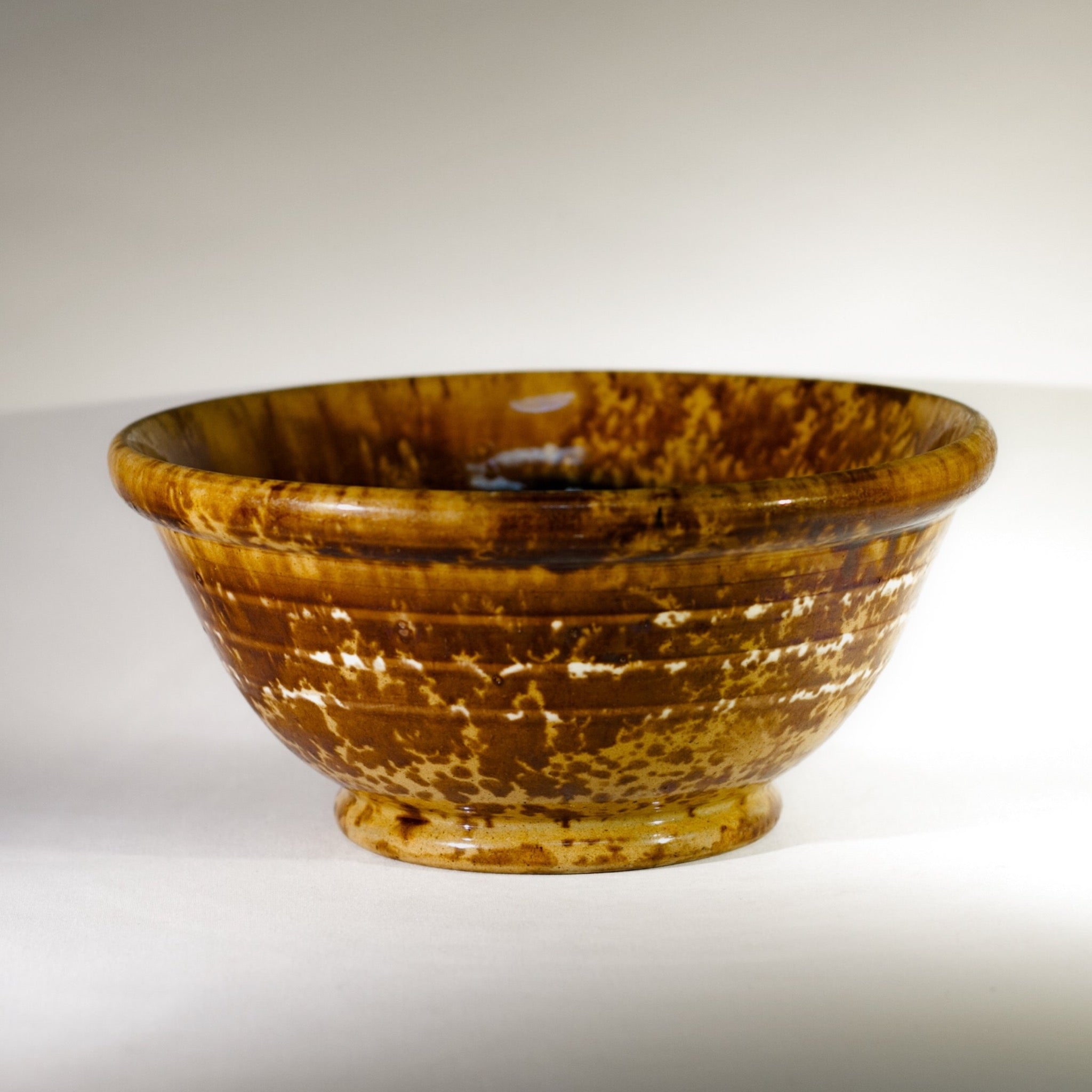 Antique SLIP BANDED AMERICAN ROCKINGHAM BOWL Circa 1880 - 1910