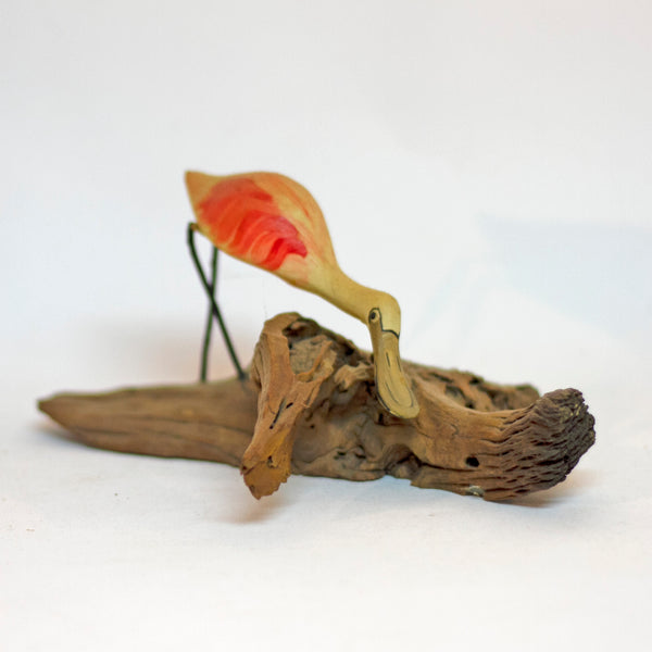 Hand Painted and Carved ROSEATE SPOONBILL SHOREBIRD WOOD SCULPTURE Circa 1980s