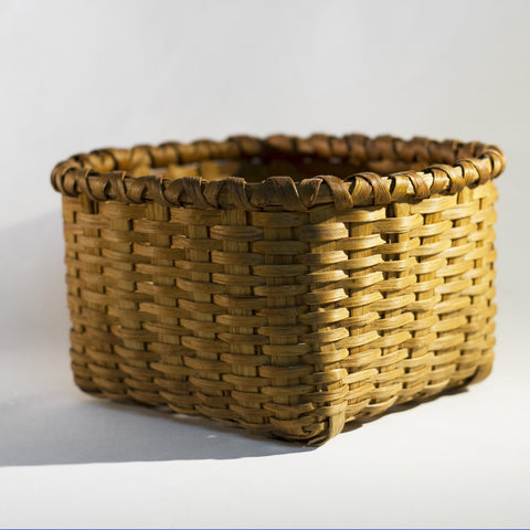 "Charming ANTIQUE WOOD SPLINT WOVEN SQUARE 8"" BASKET"