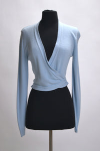 BLUE LONG SLEEVED WRAP-AROUND COVERUP WORN BY DEBBIE REYNOLDS