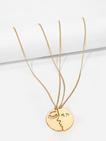 Women's Gold Face Design Pendant Couple Necklace  - 2 Piece Set