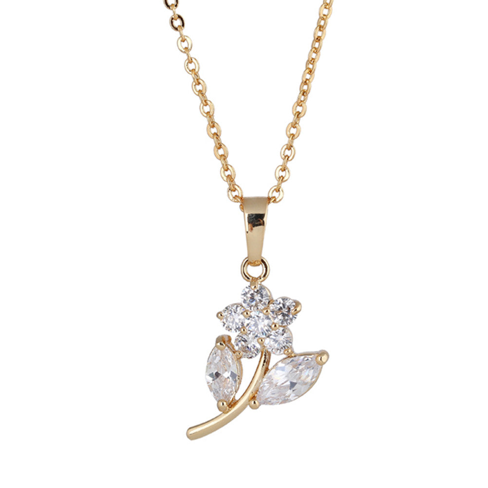 Women's Lovely Floral Petals Shape Zircon Hollow out Pendant Necklace