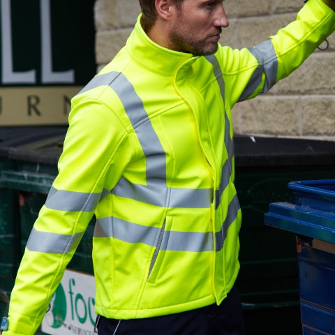 Man wearing PULSAR® high visibility yellow coat
