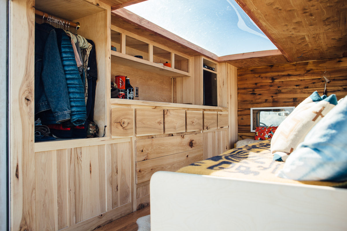 living room on wheels
