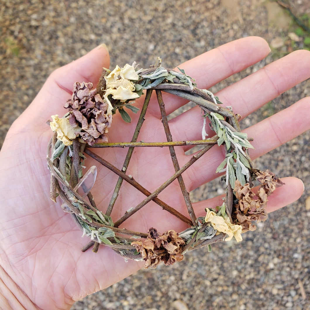 Pentagram Willow Wreath 4