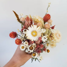Load image into Gallery viewer, Everlasting Flower Boquet Blush