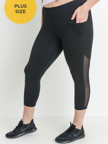 Plus Capri Leggings with Mesh Overlay Pocket