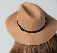 Load image into Gallery viewer, Pecan Panama Hat