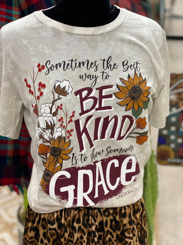 Be Kind, Show Grace Tee
