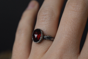Garnet Fern Ring - Size 5.5