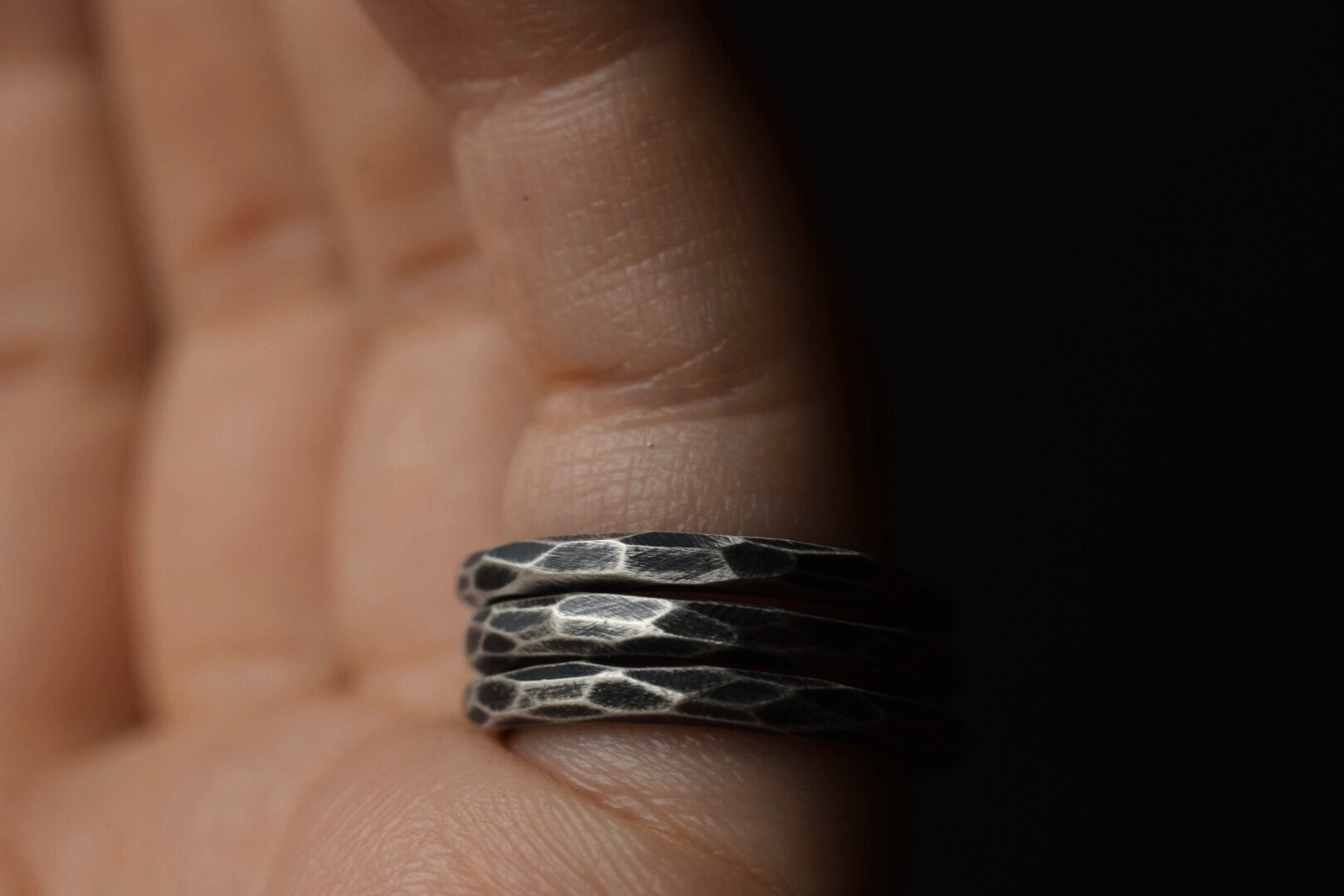 Faceted Stacking Bands