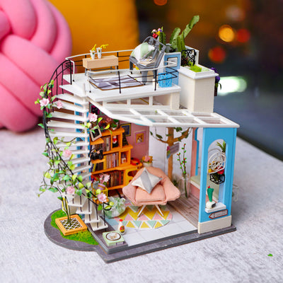 Dollhouse Kit-Dora's Loft 12