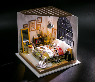 Dollhouse Kit- Alice's Dreamy Bedroom 107