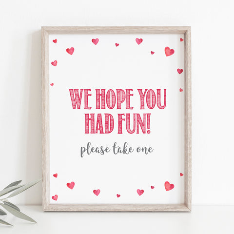 Pink Hearts Favors Table Sign - Hello Baby Paperie