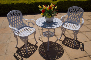 Two-Seater Small CapeGrape Set with 62cm Round Ivy Table