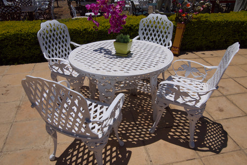 Four-Seater CapeGrape Set with 108cm Round CapeGrape Table