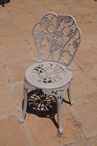 Two-seater Winelands Set with 62cm Round Winelands Table