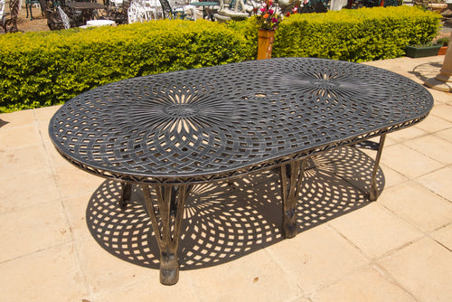 Crystal Table Oval (325cmx125cm)