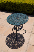 Load image into Gallery viewer, Two-Seater Small CapeGrape Set with 62cm Round Ivy Table