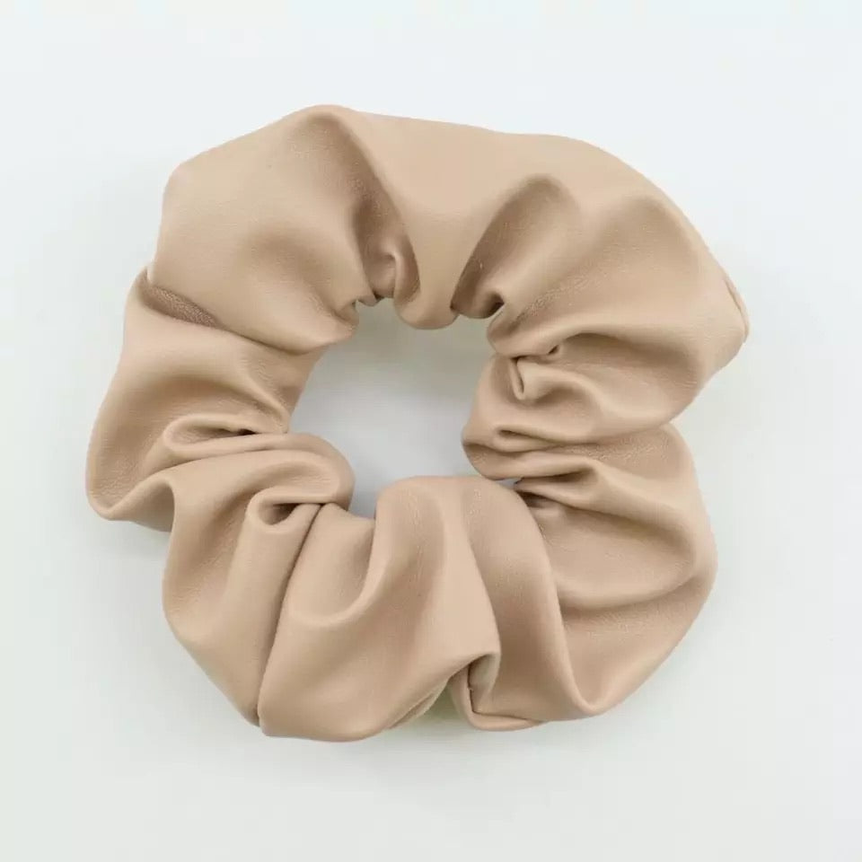 "Leather Scrunchie ""cream"""