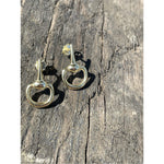 Load image into Gallery viewer, Half snaffle gold earrings