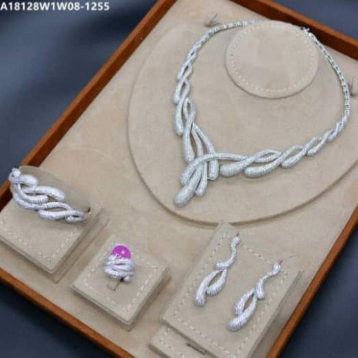 Bhe Accessories Silver Entwined Cubic Zirconia 4 Pieces Jewellery Set