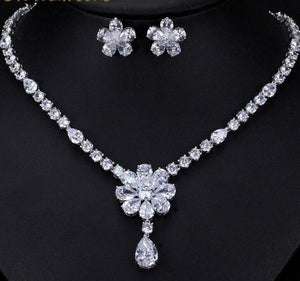 Dazzling White Cubic Zirconia Flower Necklace Earrings Jewellery Set - Bhe Accessories