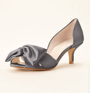 Simply Pelle Oversized Bow Kitten Pump - Bhe Accessories