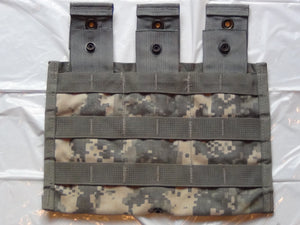ACU M16/M4 SHINGLE-TYPE, 3-MAG MOLLE POUCH, EXCELLENT CONDITION!