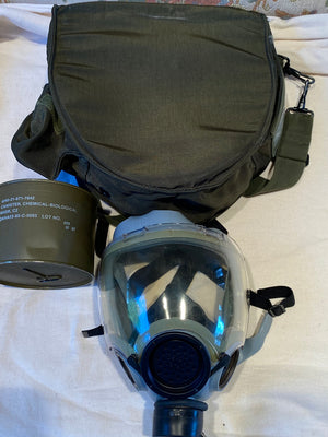 """NEW"" NAVY & AIR FORCE MCU-2/P PROTECTIVE GAS MASK SIZE MEDIUM"