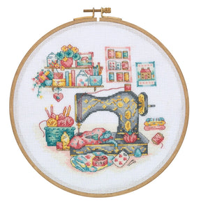 DCS01 Cross Stitch Kit - 21.5cm