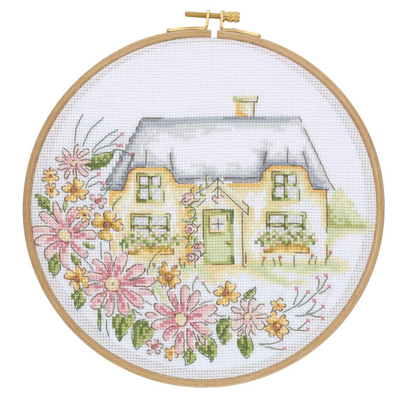 DCS03 Cross Stitch Kit - 21.5cm