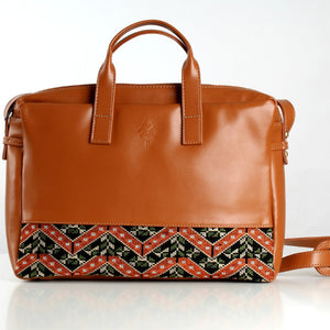 Etamine Havane x OrangeGreen Laptop Bag