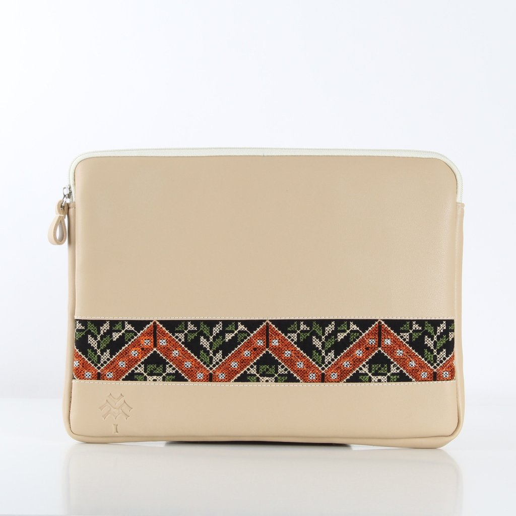 Beige Etamine Laptop Sleeve