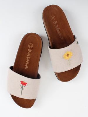 Beige Flowers Slippers