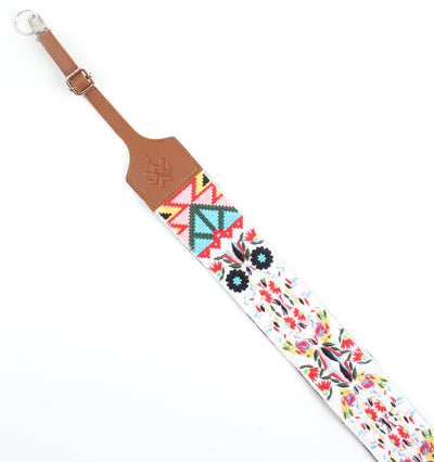 Havane x Colored patterned camera straps