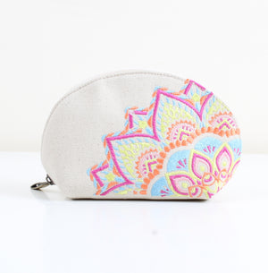 Folk art x white Makeup bag
