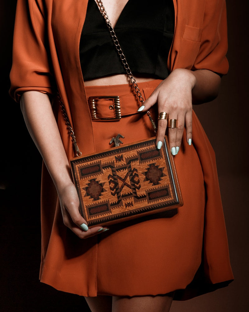 Chestnut Clutch Tribal