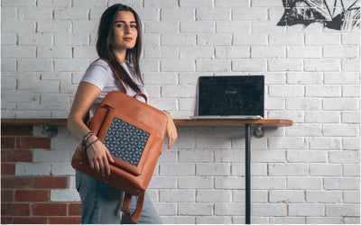 Havane x Blue Flowered Curvy Laptop bag