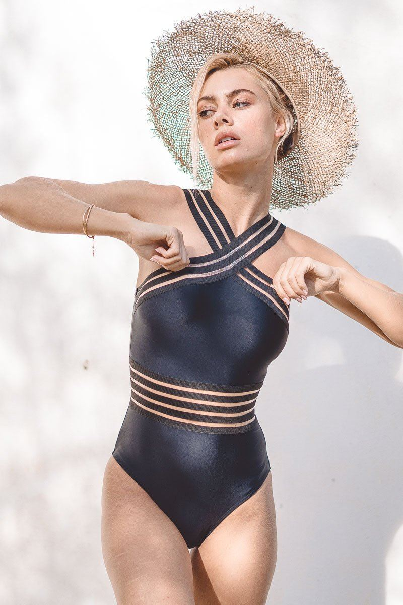 imogen-crossover-one-piece-one-piece-a-hrefhttpsaavaswimcomcollectionshannahhannaha-901967.jpg