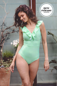 retro-one-piece-one-piece-a-hrefhttpsaavaswimcomcollectionsnico-marynico-marya-xs-green-and-white-stripe-layla-623987.jpg
