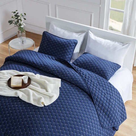 Sleep Zone® Premium Solid Quilt Set With Pillowcases