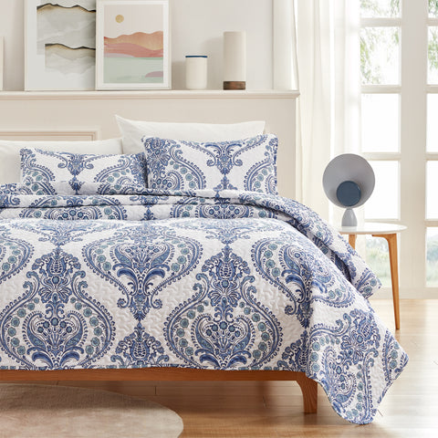 Sleep Zone® Classic Baroque Quilt Set