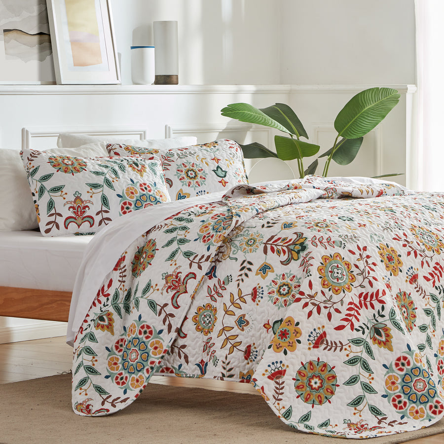 sleep zone bedding printed classic floral quilt set with pillowcases white yellow red flower bedroom sunshine side view