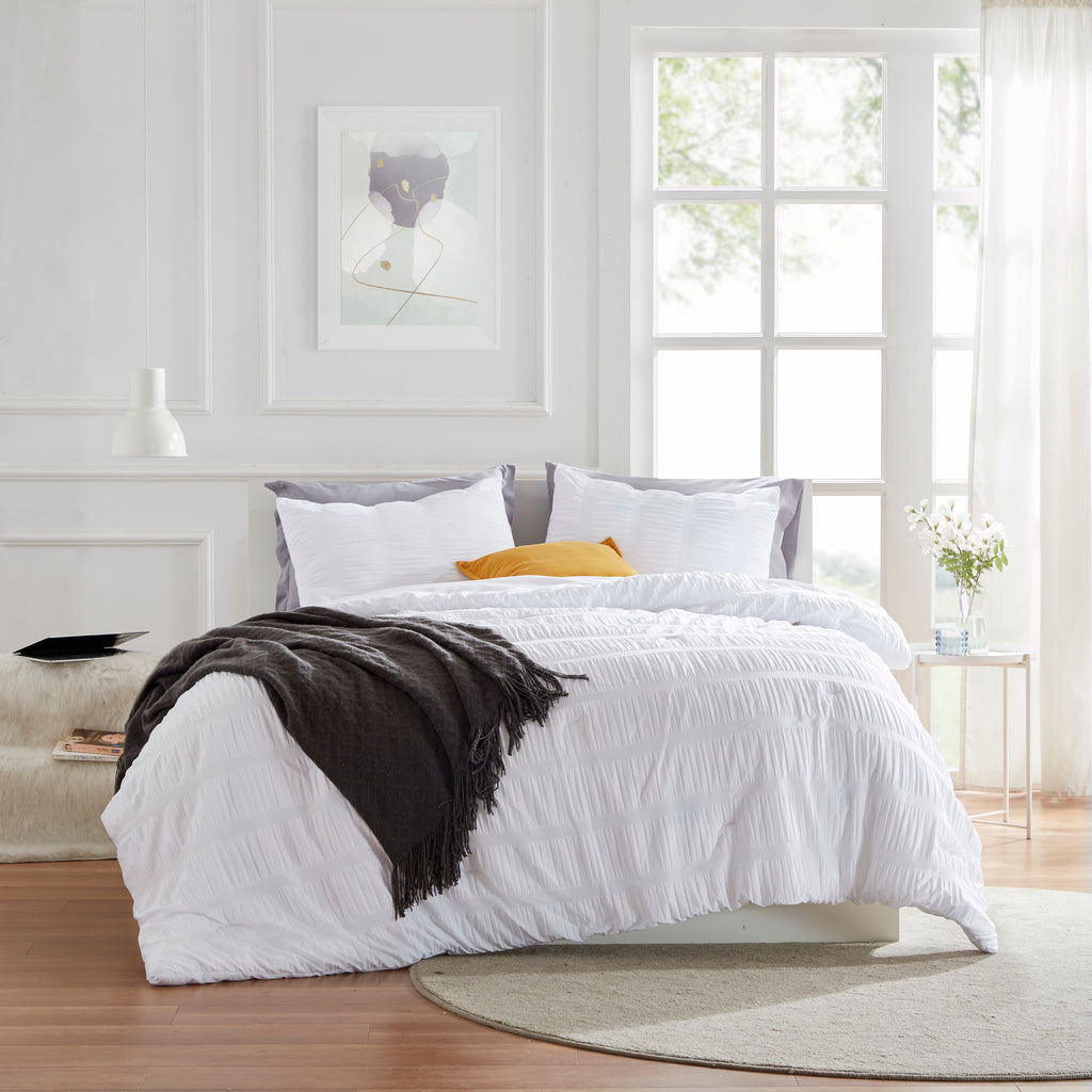 sleep zone bedding modern luxe seersucker comforter set white full queen king bedroom sunshine