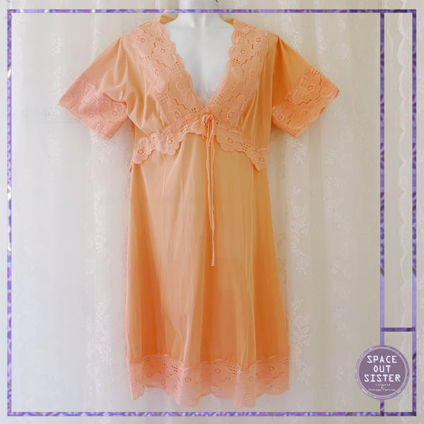 1970s Peach Tangerine Nightdress