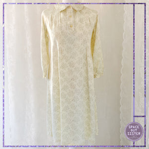 1980s Vintage Ivory Silky Floral Nightdress