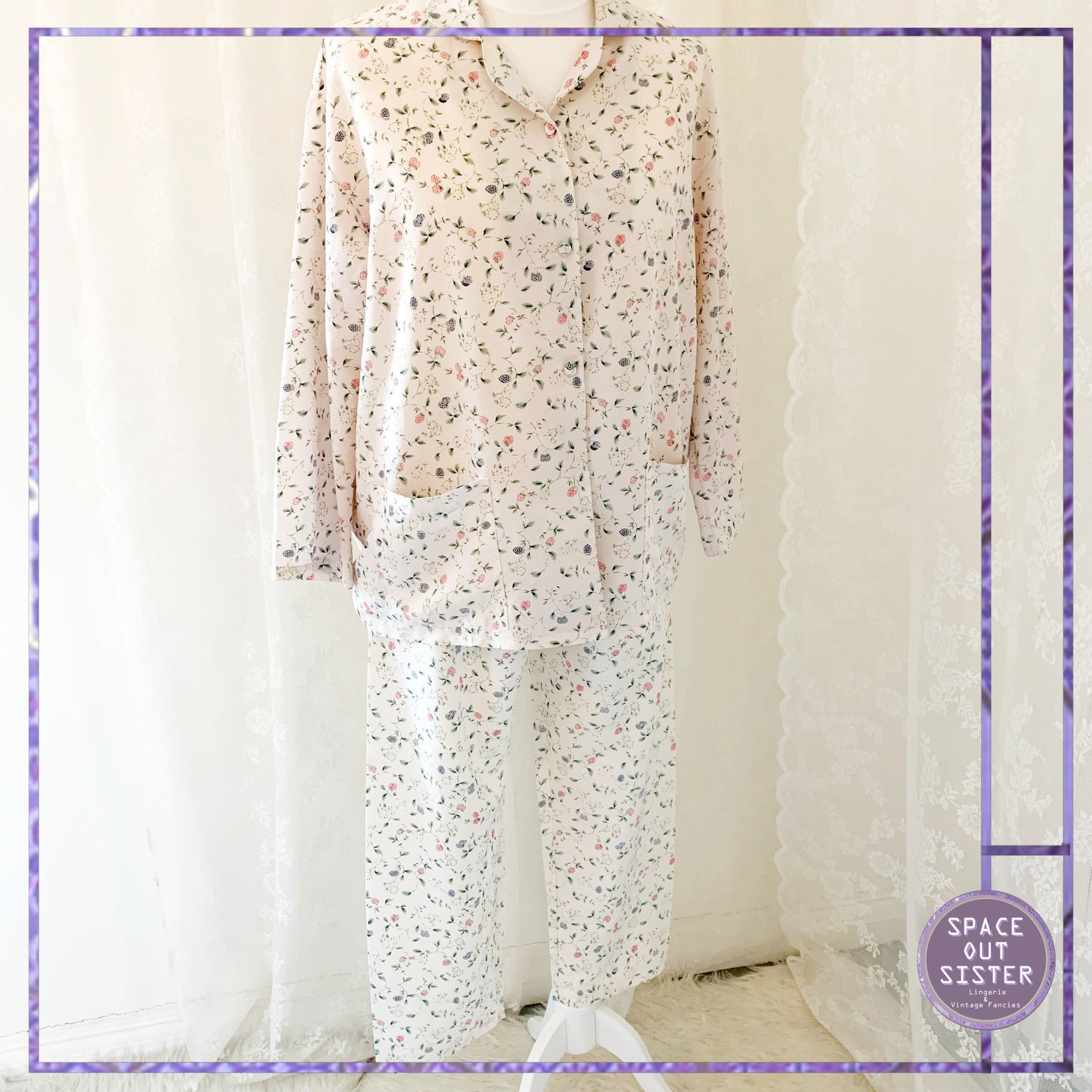 1990s Vintage Forest Forage PJs