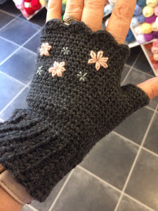 Next Steps Crochet Course - Fingerless Mitts Saturday 9th November.